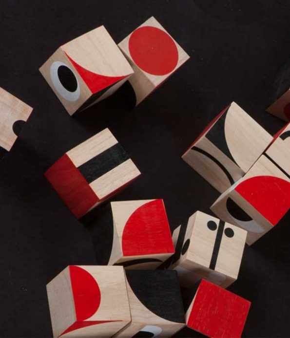 Facemaker wooden blocks