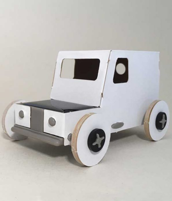 Sustainable energy car toy
